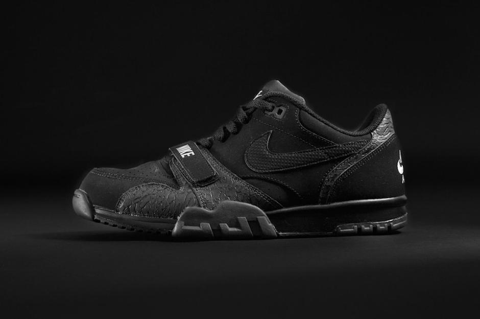 reputable site e71f3 a6c25 Foot Locker x Nike x Adidas – Triple Black | RedTriangle