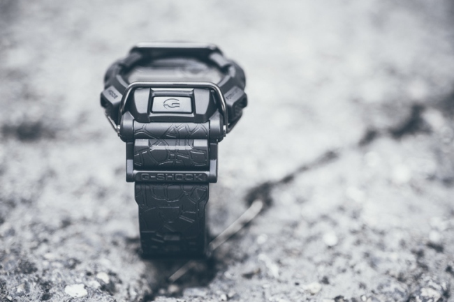 huf-x-g-shock-gd400huf-1-cracked-concrete-2
